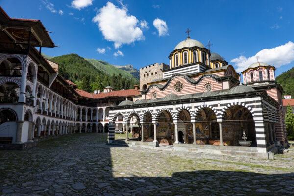 Onvergetelijk bezoek aan het Rila klooster in Bulgarije